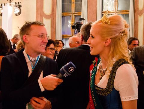 hallertauer-bierkoenigin-christina-Neujahrsempfang-bayer-Staatsregierung-2017-b
