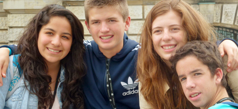 Kolumbianische Austauschschüler suchen Gastfamilien