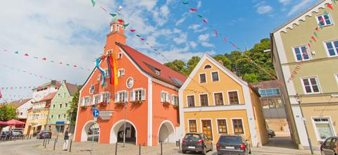 Stadt Mainburg bildet aus
